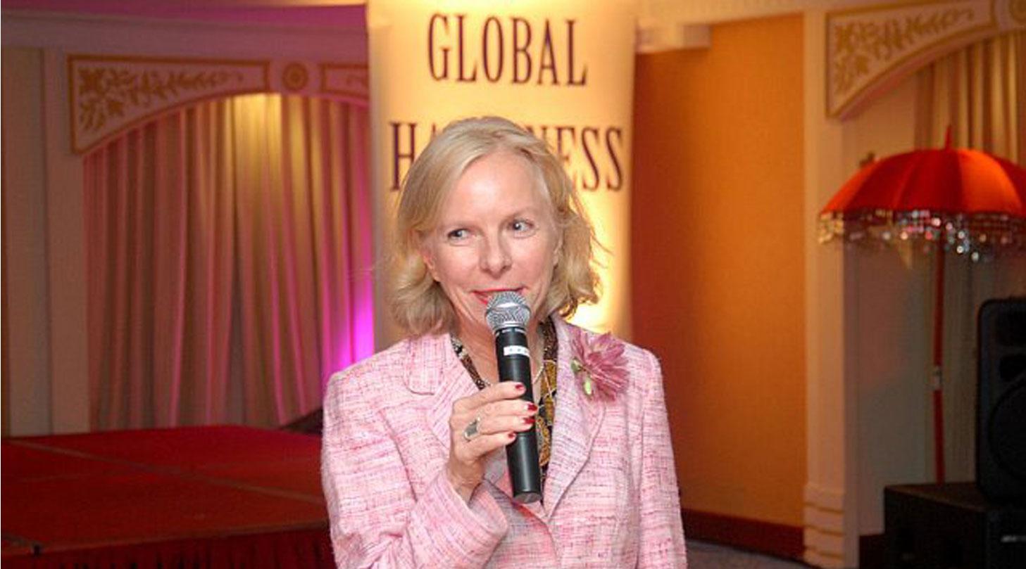Gaby Barton spricht zum 'Glück' am Global Happiness Day Dubai