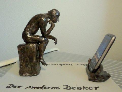 Skulptur Der moderne Denker